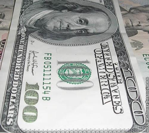 Dolar Americano A Dolar Estadounidense