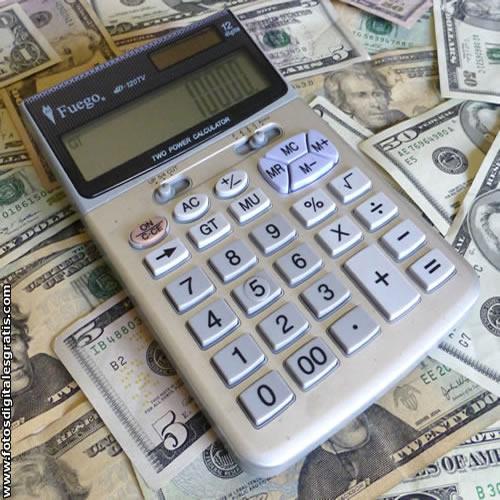 Viaja al exterior ? Sepa calcular costos según el valor del dólar turista o blue