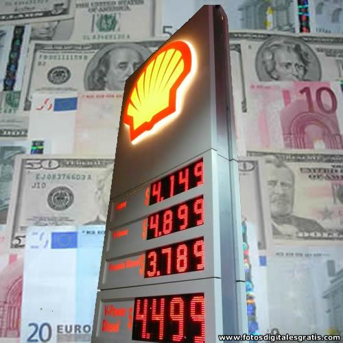 Precio del petróleo vuelve a hundirse a mínimos en 5 años y medio
