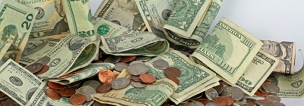 Dolarización : Más de 840 mil personas compraron en marzo un total de USD 2.600 millones