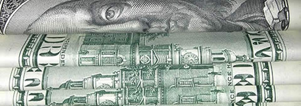 Compra y venta de dólares: procesan a 25 personas por lavado de dinero