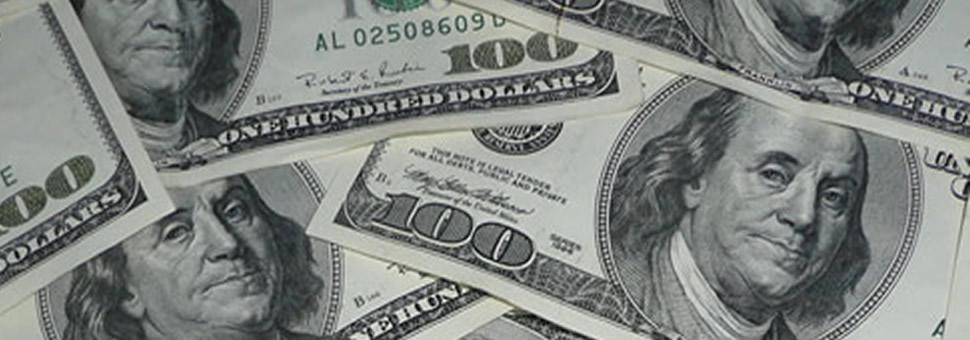 Ciertos economistas dicen que el valor del dólar va a bajar