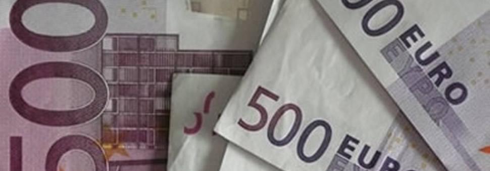 El euro, en mínimos de 2 años frente a un robusto dólar