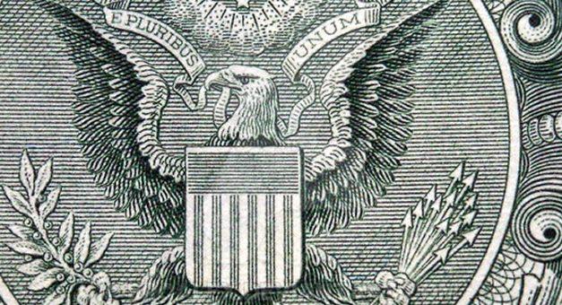 Analistas esperan una suba del dólar del 4% en lo que resta del año