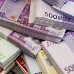 Un tuit falso hace temblar el valor del euro que ya venía tocado tras el BCE