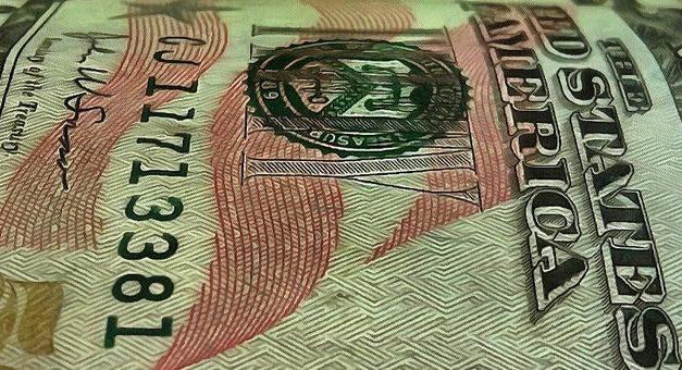 Dólar en baja : tocó un piso en lo que va del año
