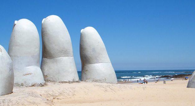 Comprar dólares en Uruguay :  cuesta 311 pesos argentinos