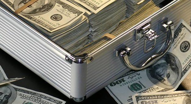 Crecieron fuerte las compras minoristas de dólares: más de u$s 2.300 M