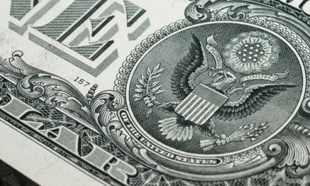Dólar en baja en Argentina en un mes dorado para las monedas emergentes
