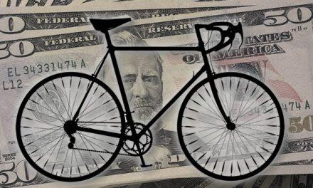 Quiénes compran y quiénes venden dólares: la otra cara de la bicicleta financiera