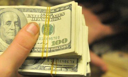 Depósitos en dólares en caida