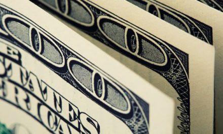 Analistas esperan que el dólar barato se mantenga en 2018