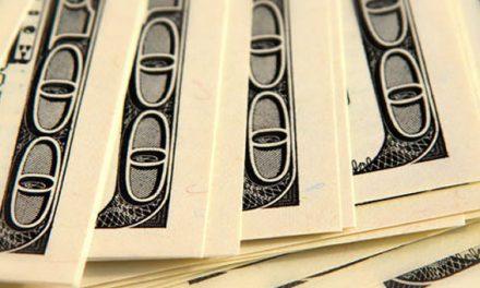 En julio, crecieron casi un 12% los depósitos en dólares