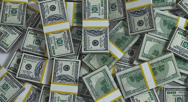 En agosto, más de la mitad de los dólares financieros se fueron a las Lebac