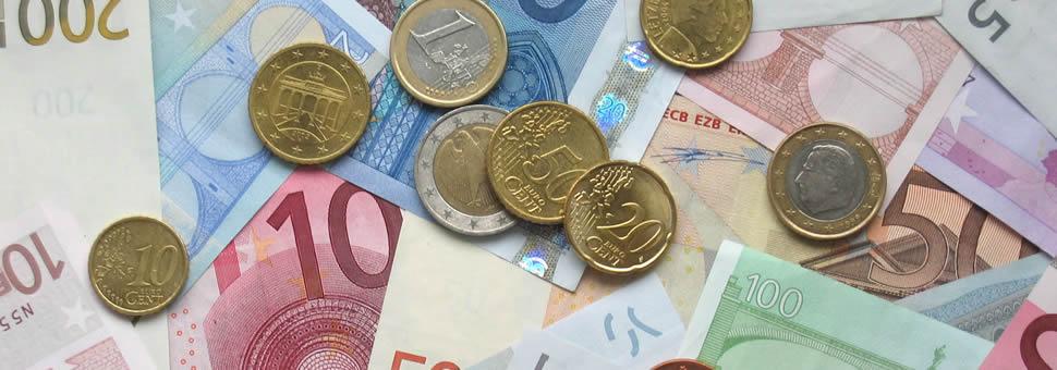 """El """"súper euro"""", mejor negocio que el dólar: 24% vs. 9% en el año"""