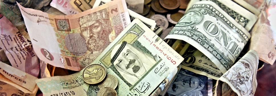 Indice dólar anotó su peor baja desde 2003 y esperan que caiga más
