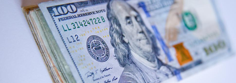 Quiénes son los que más suelen comprar dólares en Argentina