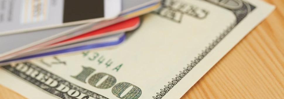 Vuelve el dólar turista ? Analizan aplicar un recargo a las compras con tarjeta en el exterior
