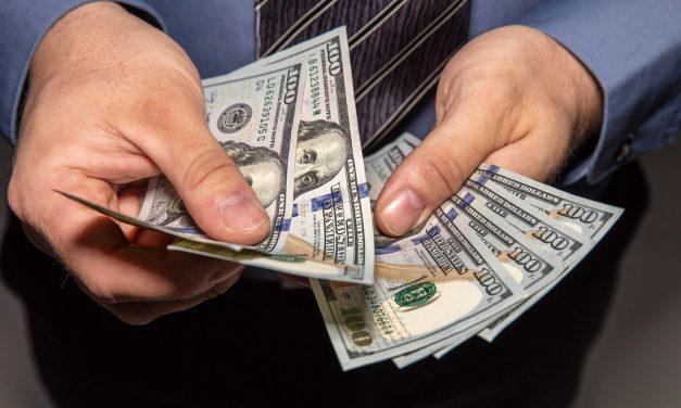 IFE en dólares, la operación que arrasa en el Gran Buenos Aires